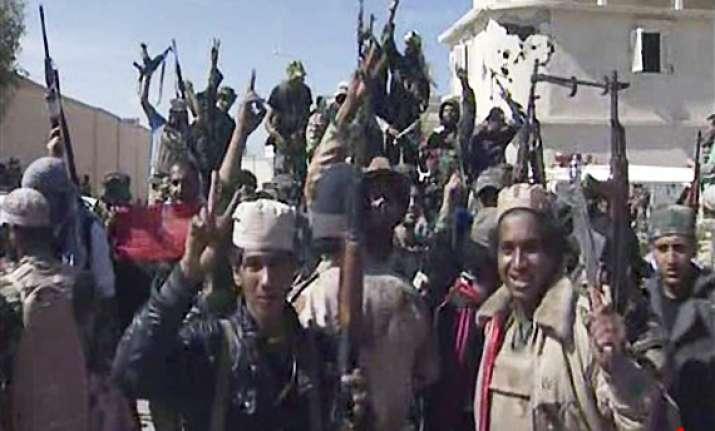 libyan fighters capture gaddafi hometown of sirte