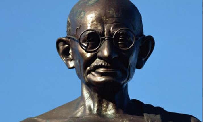 mahatma gandhi s bust unveiled in cairo