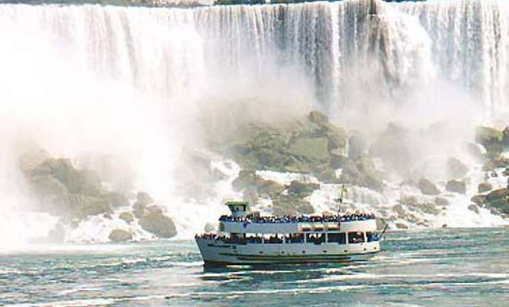 maid of the mist to continue at niagara falls