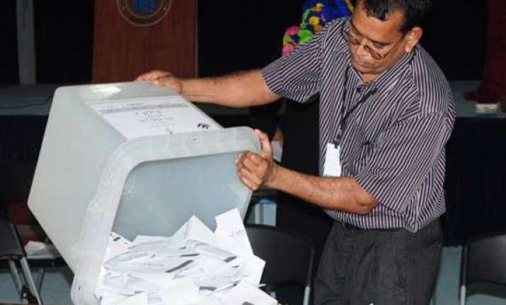 maldivian sc orders fresh presidential polls before oct 20