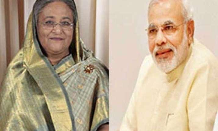 narendra modi invites sheikh hasina to visit india