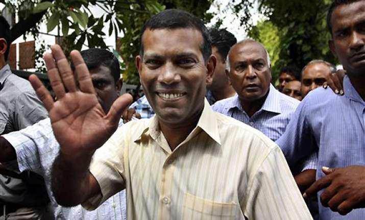 nasheed warns india it would lose influence to china