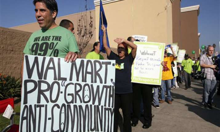 nationwide protests against wal mart across us
