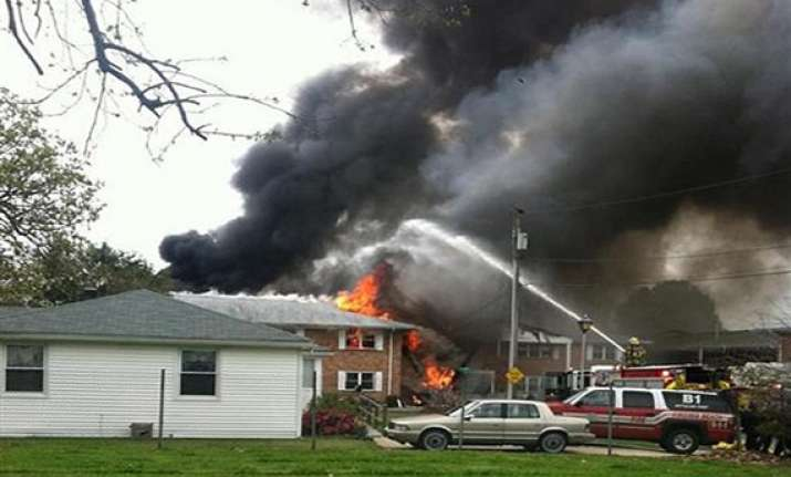 navy jet crashes into us apartments pilots eject