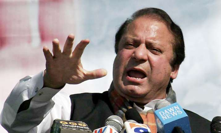 nawaz sharif blames dictatorship for destroying pak
