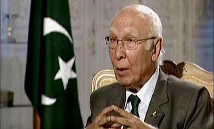 nearly 500 indians lodged in pakistani jails sartaj aziz
