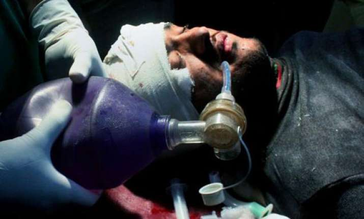 new attacks on polio teams kill 2 in pak