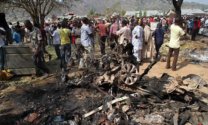 nigerians fear more church attacks after 39 killed
