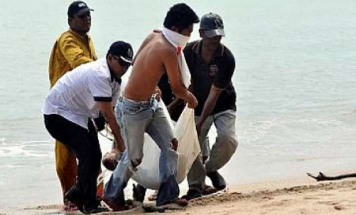 nine bodies found after boat capsize in malaysia