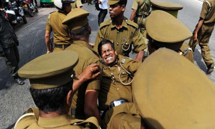 27 inmates killed in sri lanka jail shootout