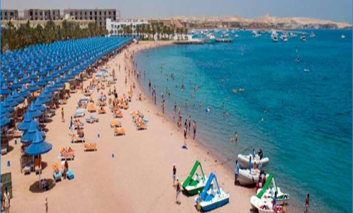 nude georgian tourists held for porn shoot in egypt later