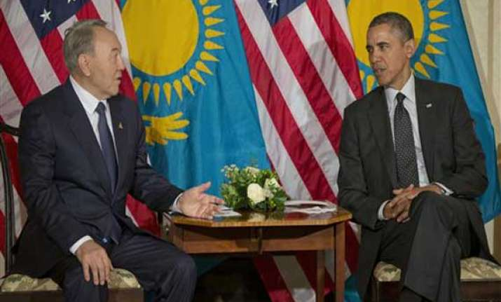 obama meets putin ally with ukraine still in mind