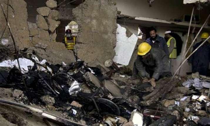 3 killed in twin bomb attacks near pak naval bases