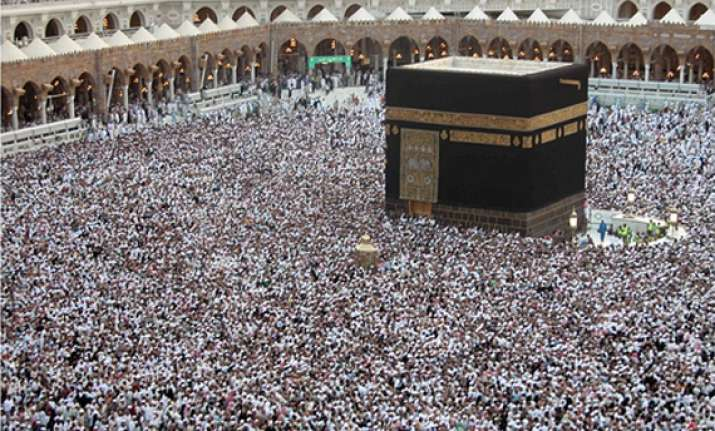 over 51 000 indians arrive for hajj 13 dead