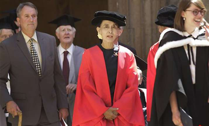 oxford honours star democracy icon suu kyi
