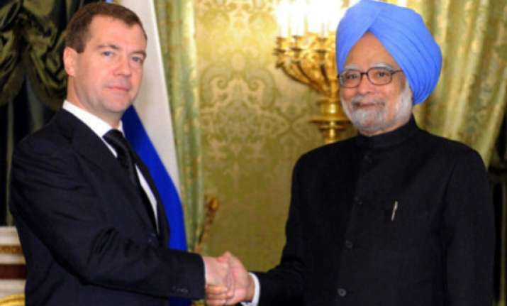 pm meets russian president medvedev