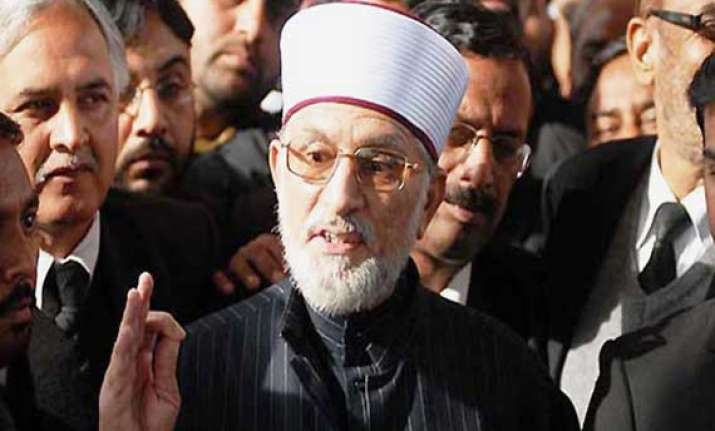 pak cleric tahir ul qadri s flight diverted to lahore