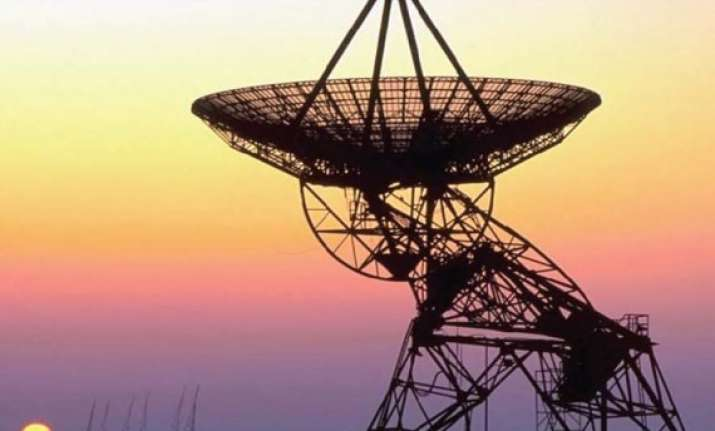pak regulator wants removal of mobile towers near india pak