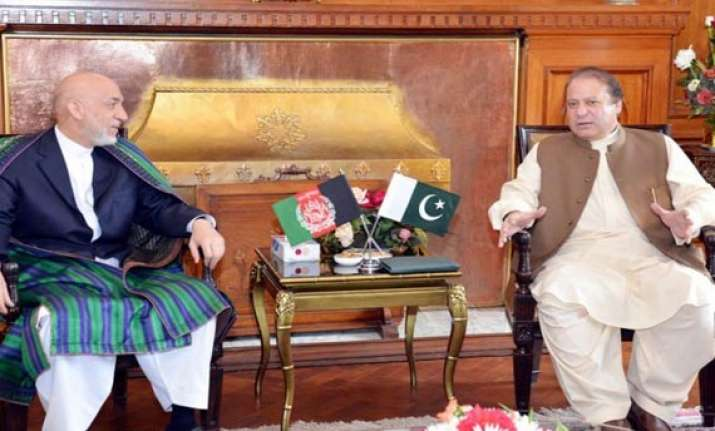 pak to persuade afghan taliban to shift office from qatar