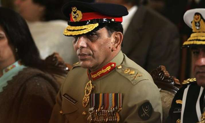 pak army chief gen kayani rules out army takover