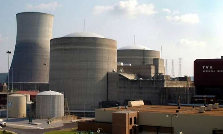 pak plans purchase of two nuclear plants from china report
