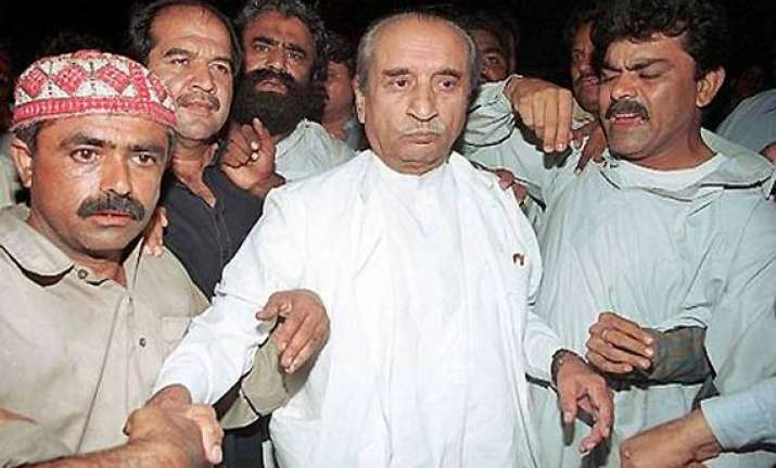 pak president zardari s father dead