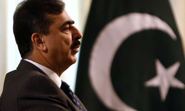 pak sc orders gilani to write to swiss to reopen graft cases