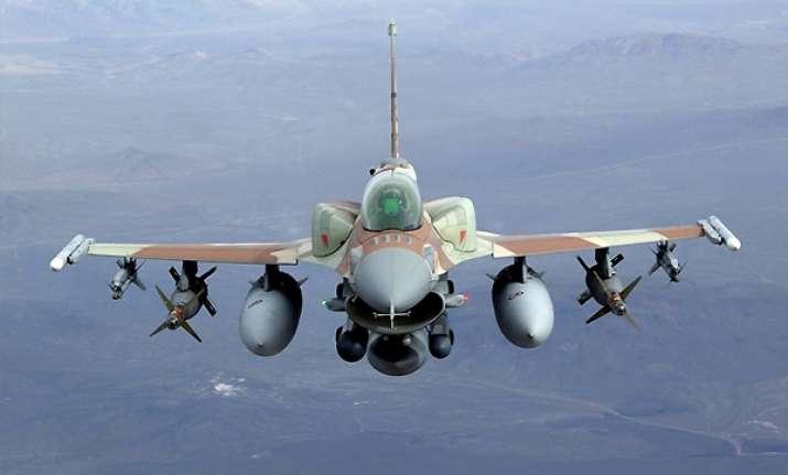 pak scrambled combat jet after indian chopper strayed report