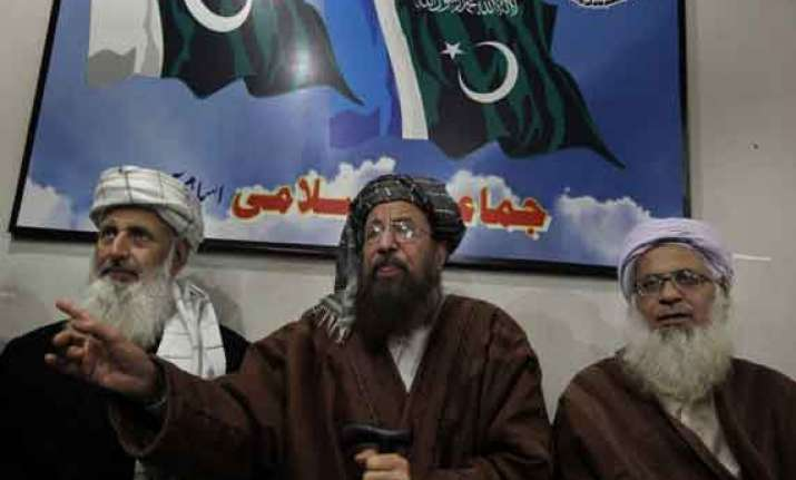 pakistan taliban negotiators meet militants leaders on
