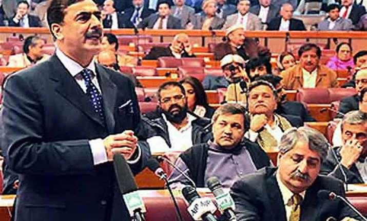 pakistan parliament approves resolution on us ties