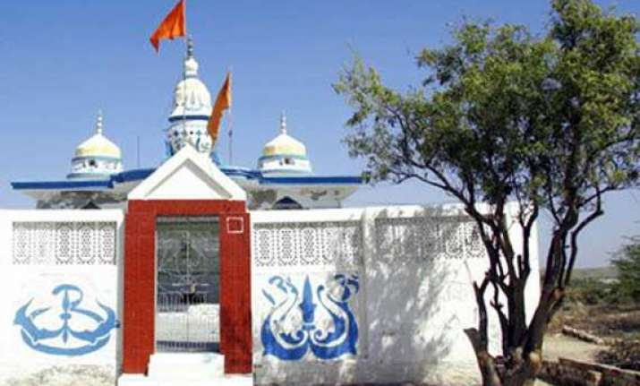 pakistan spends millions to renovate 10 temples