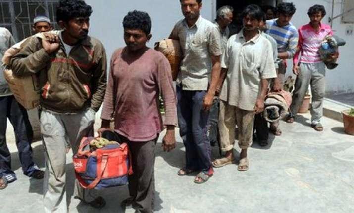 pakistan to release 315 indian fishermen