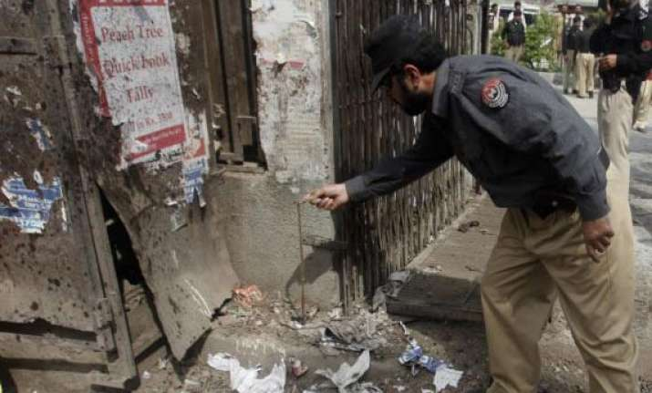 pakistani leader among 29 killed in suicide bombing