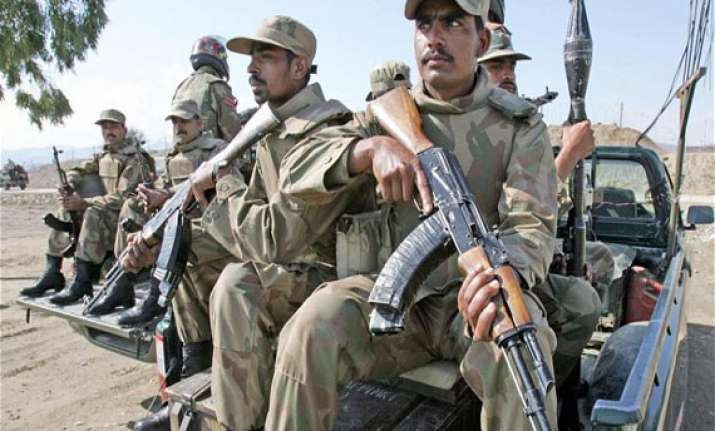 pakistani soldier hanged for murdering colleague first in