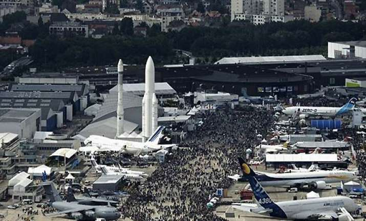paris air show to kick off from monday