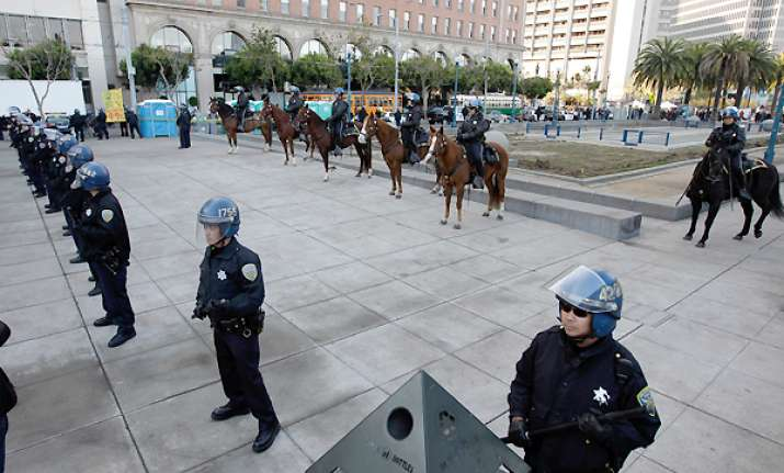 police clear occupy encampment in san francisco