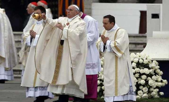 pope francis declares john xxiii john paul ii saints