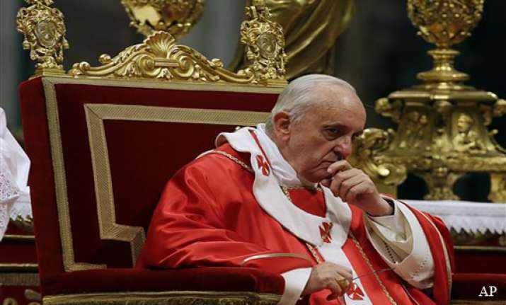 pope warns church leaders against seeking power