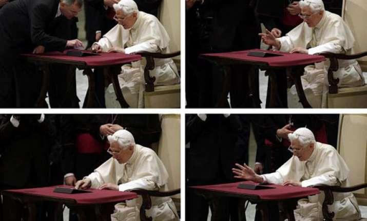 pope hits 1 million mark as he tweets dear friends