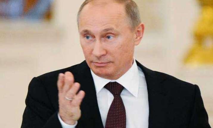 putin hails return of crimea fighting kills 3