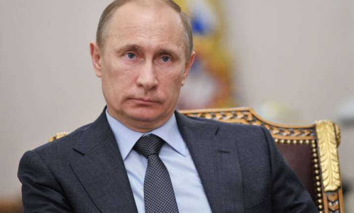 putin rejects fears of new cold war