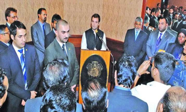 rahul gandhi meets indian diaspora in kuwait