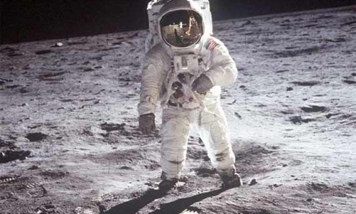 revealed us planned a secret spy base on the moon