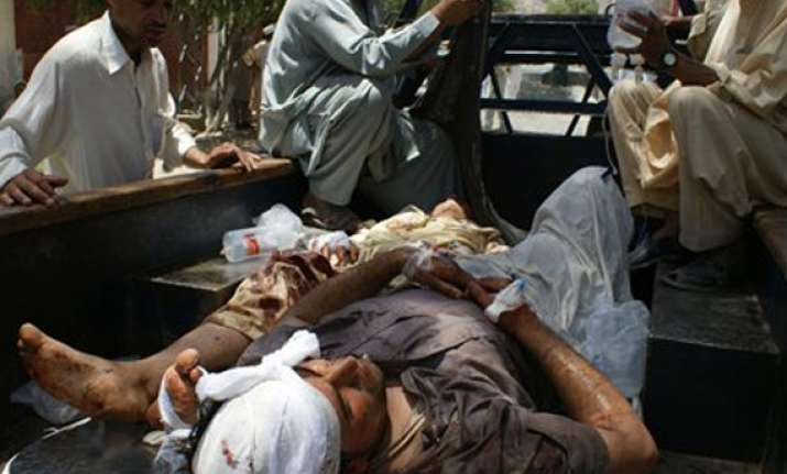 13 killed in suicide attack in southwest pakistan