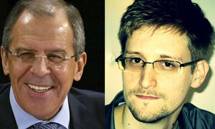 russia rejects us demand for snowden s extradition