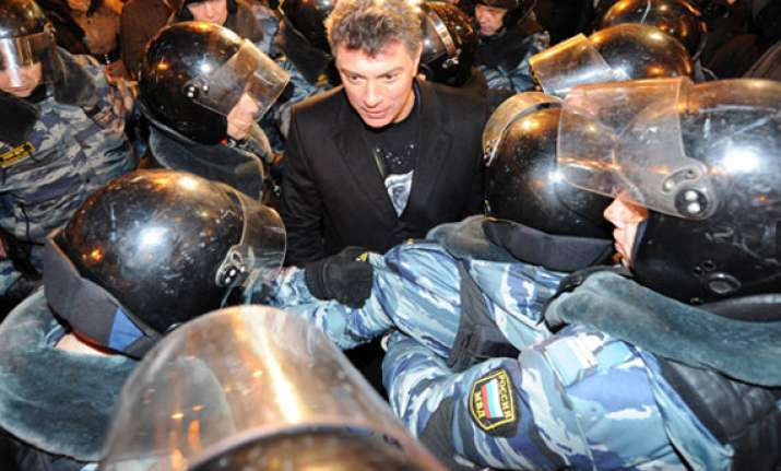 russian opposition leaders held amid anti putin protests