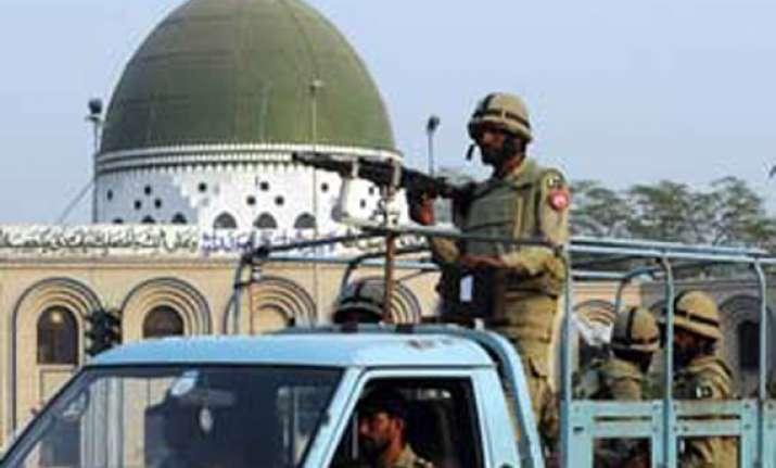 seven killed in blast near shia muharram procession in