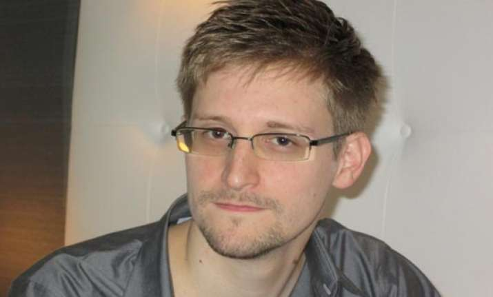 snowden may get temporary shelter if granted asylum in