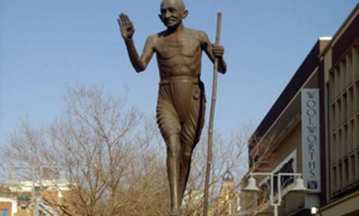 south african town gets first gandhi statue