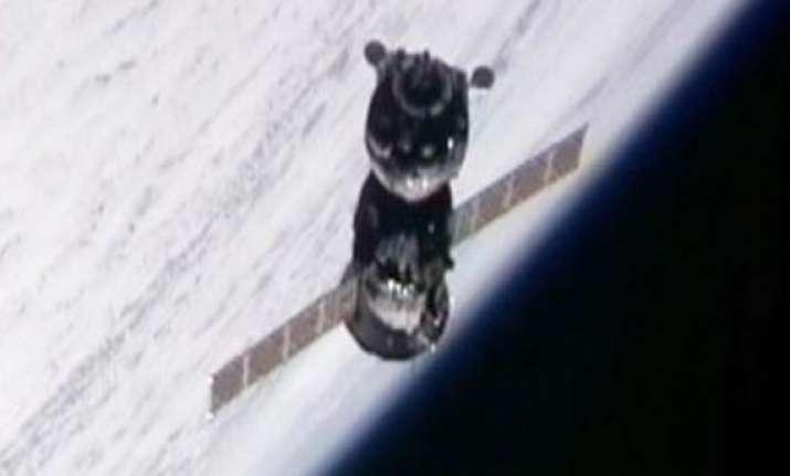 soyuz spacecraft docks with space station